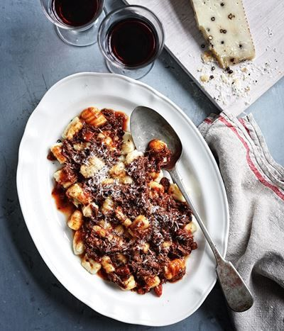 These ragù recipes range from pork to pigeon to pizza. Try the meaty or vegetable varieties for warm winter meals.
