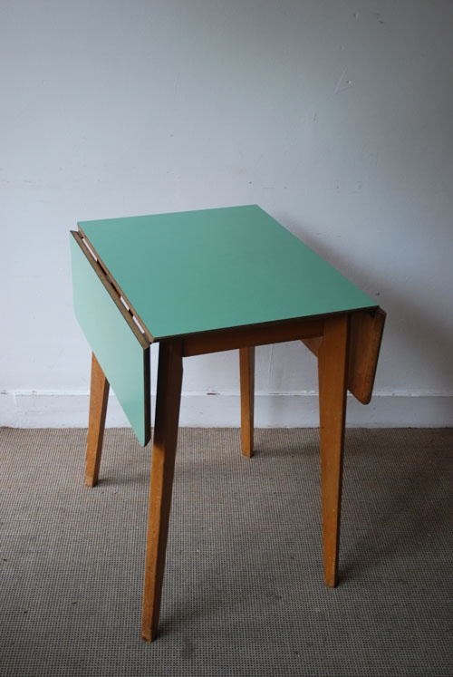 The Peanut Vendor - 1950s formica table