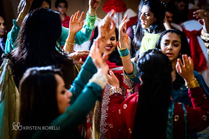 Dancing at Pakistani Wedding (Kristen Borelli Photography, Pakistani Wedding, Vancouver Island Wedding Photography, Victoria Wedding Photography, Nanaimo Wedding Photography, Prince George Wedding Photography)