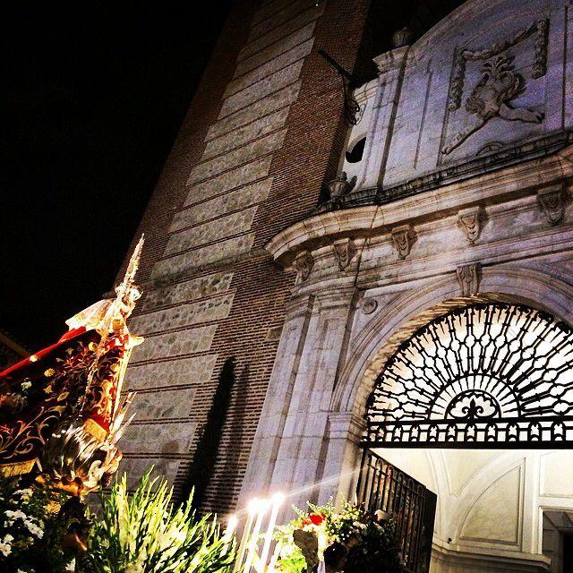 Nuestra patrona llega a la catedral getafe pinterest for Calle jardines getafe