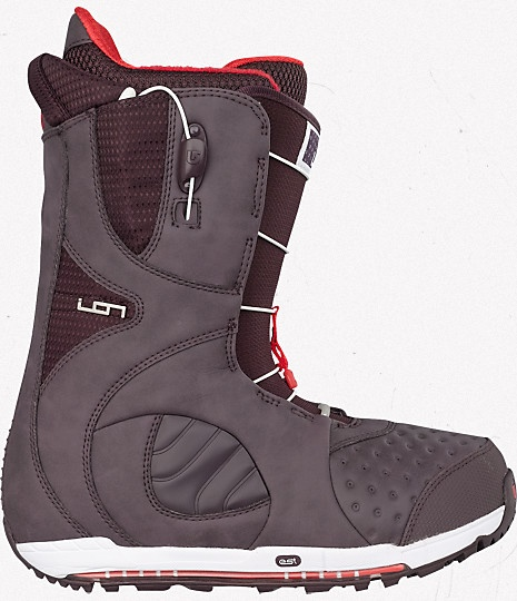 Burton ION Boot - I have the model of the 2010 season ; comfortable, stiff, amazing difference with the boots I had before ; I feel now that I can go further with my board. Cool.