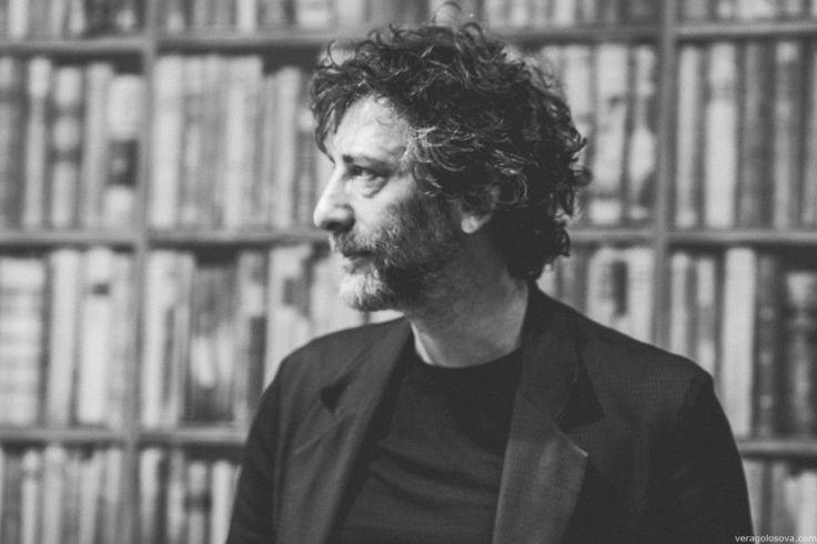 Literatura fantastyczna nieustannie fascynuje rzesze czytelników zarówno tych młodszych, jak i starszych. Jednym z bardziej poczytnych współczesnych pisarzy literatury fantasy jest Neil Gaiman – twórca prozy oraz komiksów. Całkiem niedawno – na podstawie jego książki... http://blog.conrad24.pl/fantastyka-w-wydaniu-neila-gaimana/