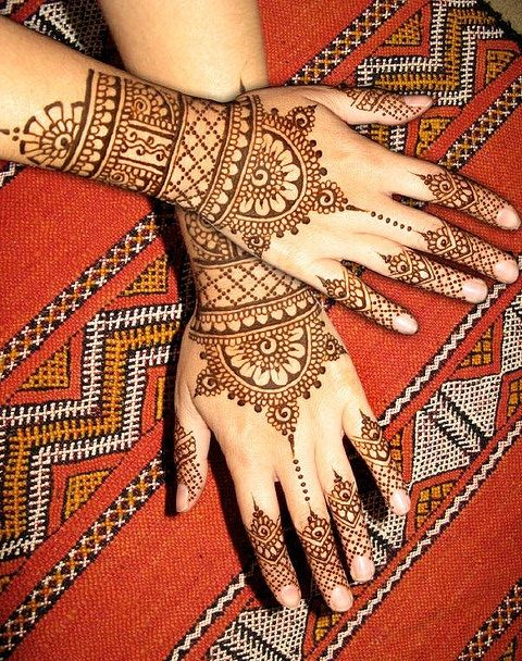 Most Beautiful Floral Mehndi Designs - I like that this is a full hand - but not totally covering the hand - and my rings will still show.