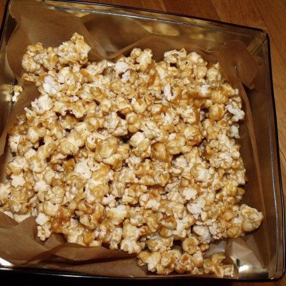 ESSEN & TRINKEN - Knuspriges Karamell Popcorn Rezept