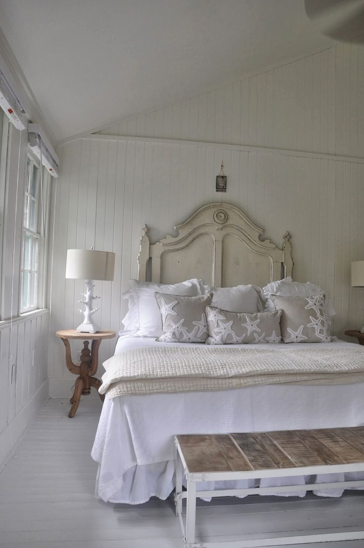 Beach cottage master bedroom - Jane Coslick Cottages Sunday Cottage Fluffing Tybee Style