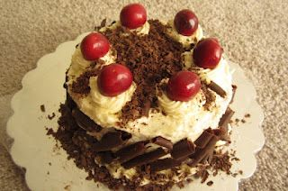 Black forest chocolate cherry cake - http://www.mytaste.in/r/black-forest-chocolate-cherry-cake-4913070.html