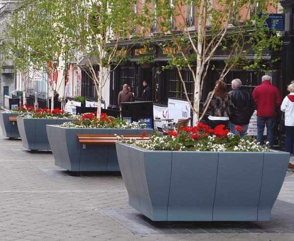 http://www.hartecast.co.uk/category/planters/ - Image of several of the new HC202 Square Planters offered by Hartecast UK, a leading supplier of street furniture. For more on our planters and other street furniture products please visit the Hartecast UK website.