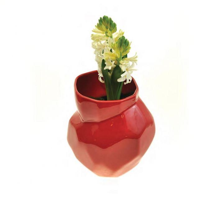 http://www.marka-conceptstore.pl/kategoria/ceramika/dzban-sciety-czerwony