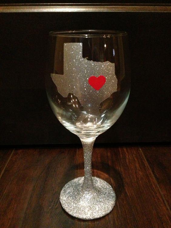 how to put vinyl on wine glass