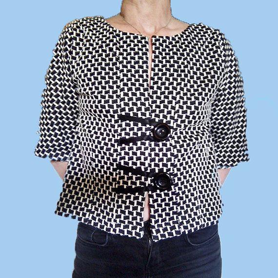 Giacca donna, giacca primavera, giacca kimono, giacchino manica corta, chanel, jacquard bianco e nero, elastici raso, moda donna