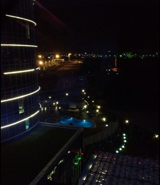 Sheraton Bursa by night...   #sheraton #bursa #sheratonbursa #hotel #night #view #lights #dark #swimmingpool #poolside #building