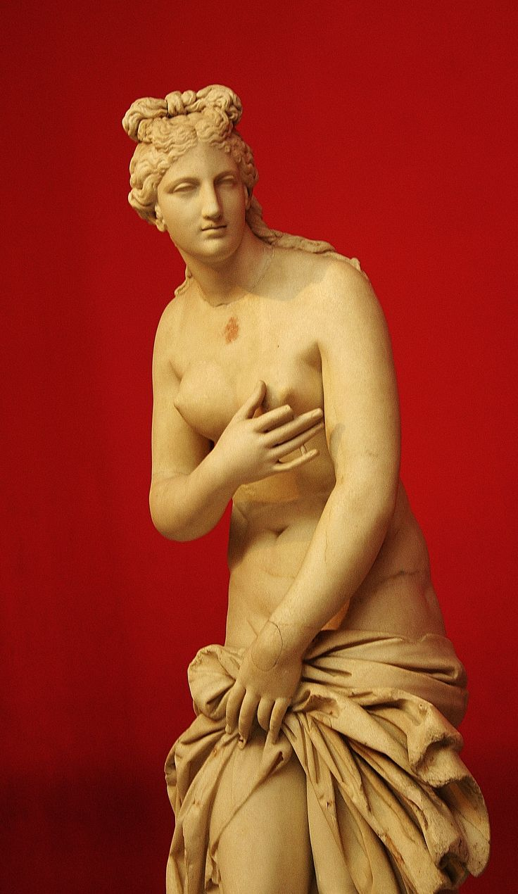 Beautiful statue, Greek art. I love photography, my art