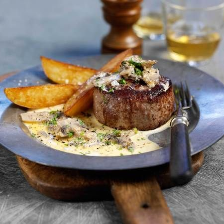 Steak recipe: Bison steaks with Jack Daniel's sauce & chunky chips
