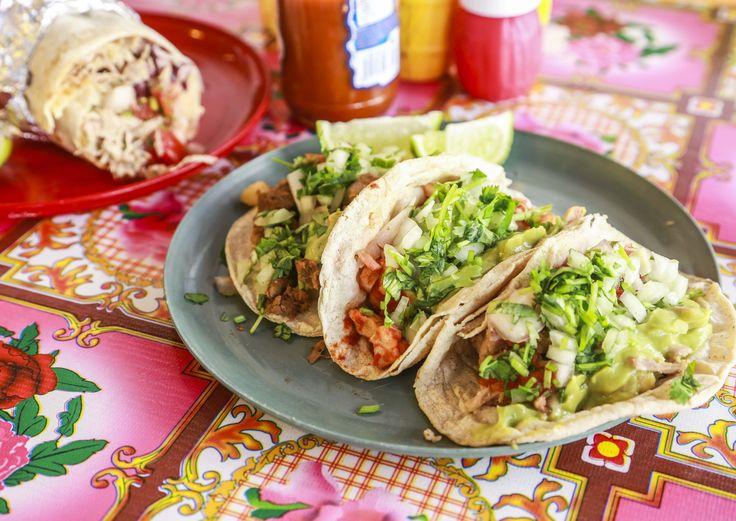 Cholon ruoat tuovat Meksikon kotiisi.