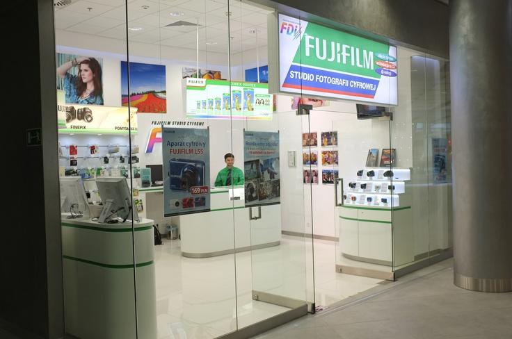 Nowo otwarte Studio Fotografi Cyfrowej Fujifilm FDi w Sky Tower Wrocław http://www.skytower.fujifilm.pl/laboratoria.html