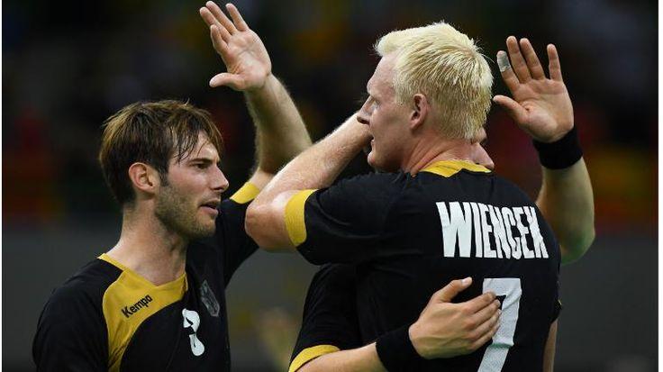 Läuft bei unseren Handballern: Zweiter Sieg gegen Polen! 32:29! Deutschland putzt auch Polen Olympia-Handball 32:29! Deutschland putzt auch Polen