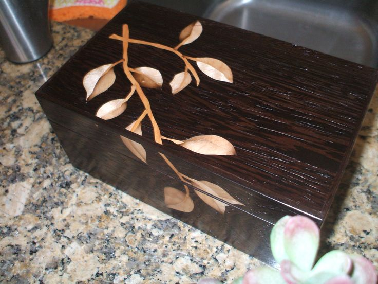 wenge and marquetry box by Jim Rogers