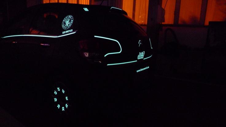 photoluminescent car wrap  www.letscoversrl.com