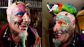 Житель британского города Бристоль отрезал уши, чтобы стать похожим на попугаев…