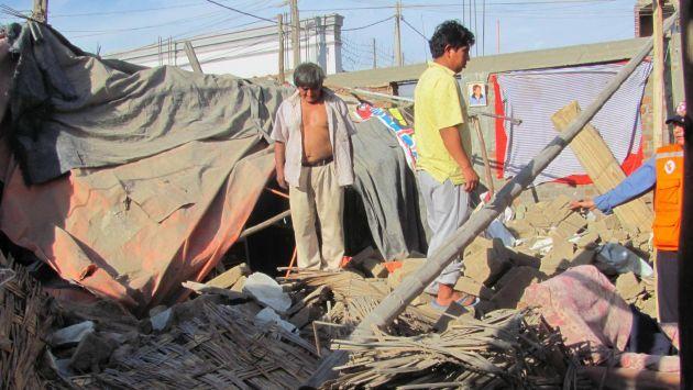 Tres heridos y 31 viviendas colapsadas dejó #sismo en Arequipa. #Peru21