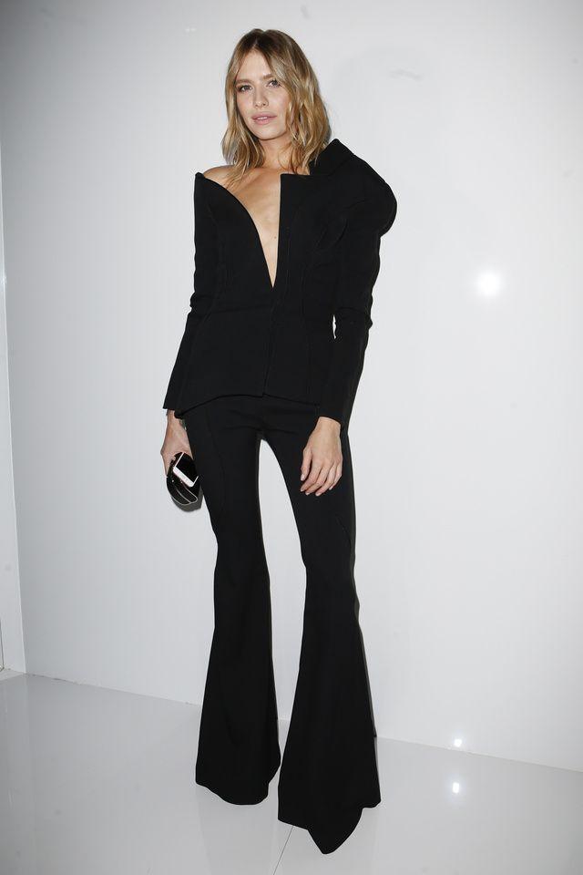 Aymeline Valade en manteau immaculé Christian Dior, Lily-Rose Depp en costume noir au Festival de Sundance, Kate Bosworth en total look Giambattista Valli... Retour en images sur les looks marquants des célébrités, aperçus aux quatre coins du monde cette semaine.