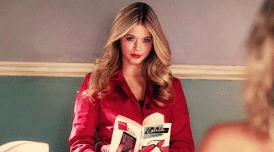 14 Things That Make Absolutely No Sense About <em>Pretty Little Liars</em>