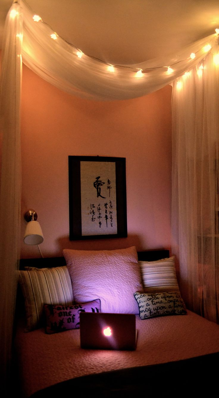 Canopy bed with lights - Japans Bed