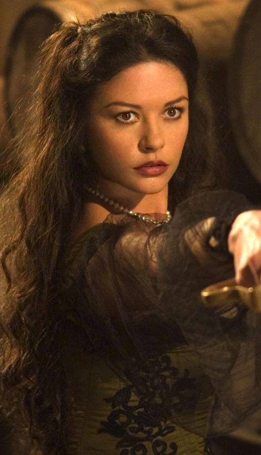 Catherine Zeta Jones during the filming of Zorro ...