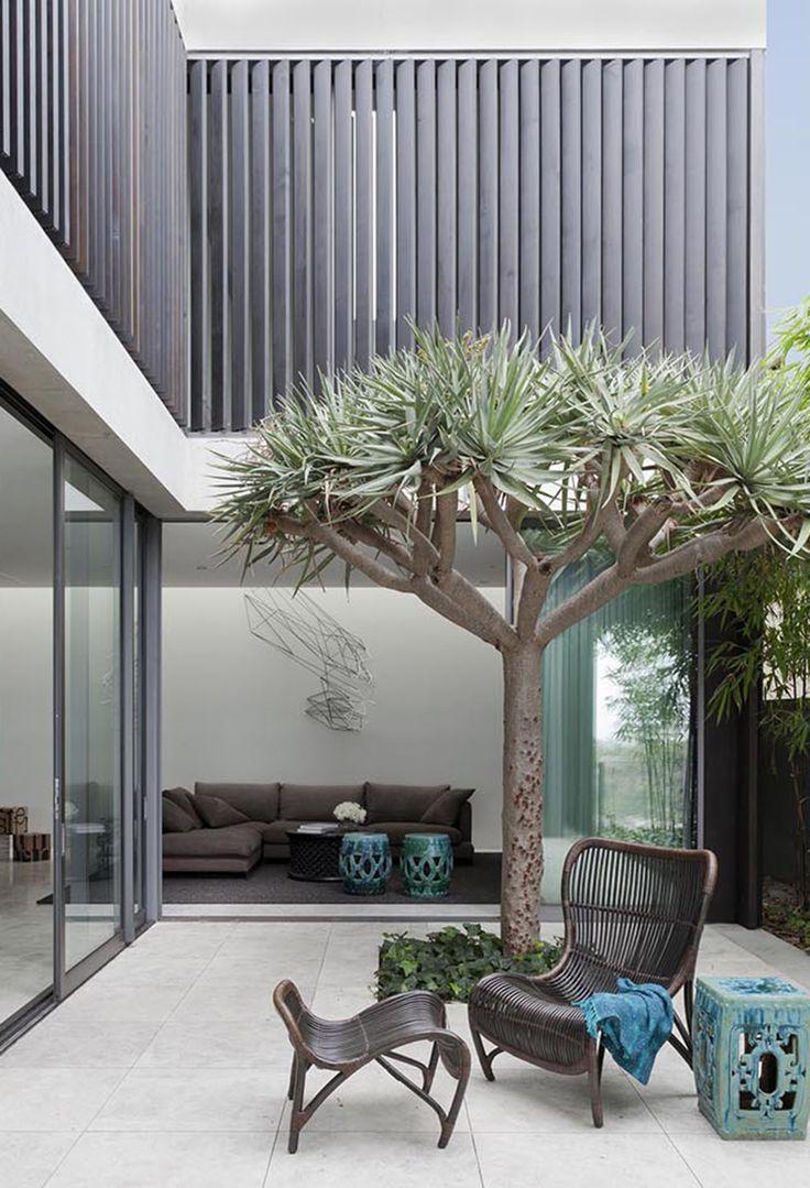 Est Living | Madeleine Blanchfield Architects | Gordon's Bay House