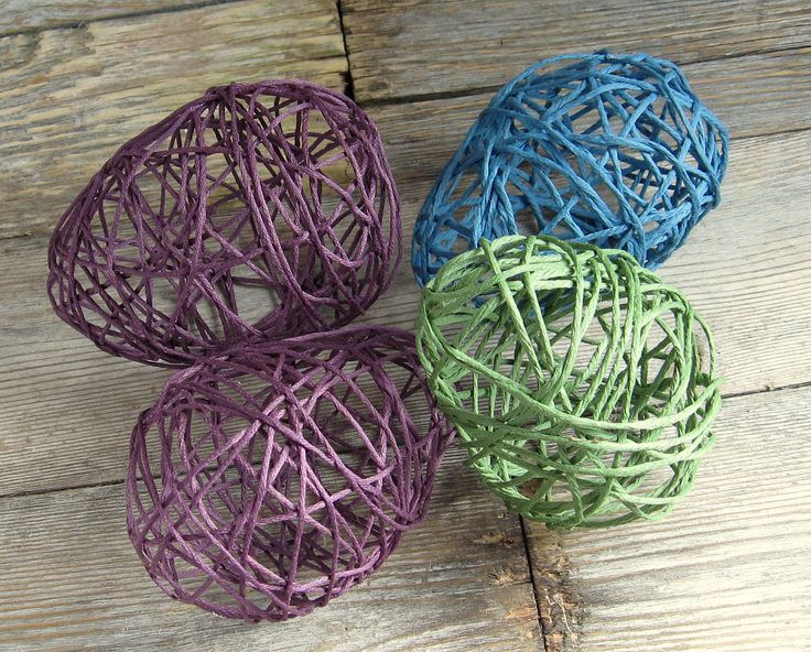 Yarn Easter Eggs - Pinching Your PenniesPinching Your Pennies