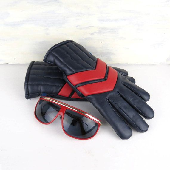 70s Men's Chevron Ski Gloves. Vintage vinyl gloves by DrVintage