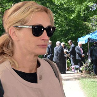The Final Insult: Julia Roberts' 'Harsh' Eulogy For Estranged Sister Nancy Motes Leaves Memorial Guests 'Stunned'