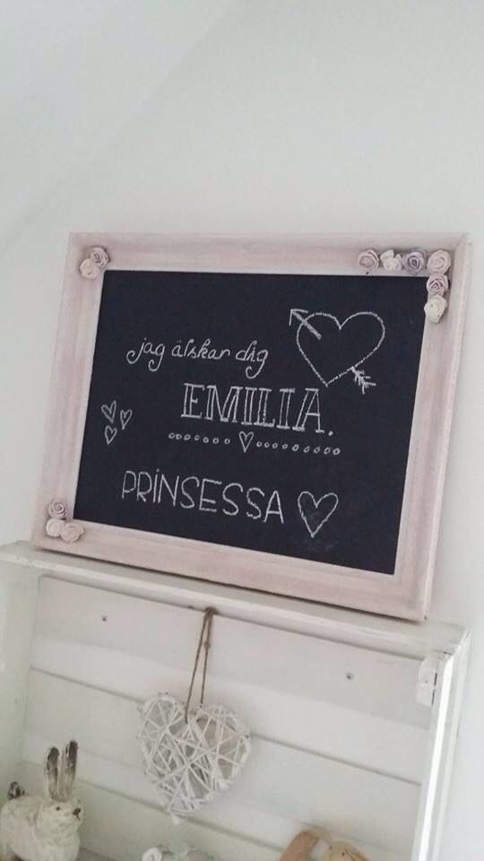 My lovely daughters own chalkboard with cute little roses on the frame which was ugly before this transformation. Love it!