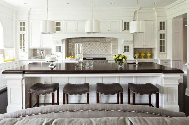 Kitchen: Kitchens Design, Traditional Kitchens, Kitchens Ideas, Kitchens Islands, House, Bar Stools, Barstool, White Cabinets, White Kitchens