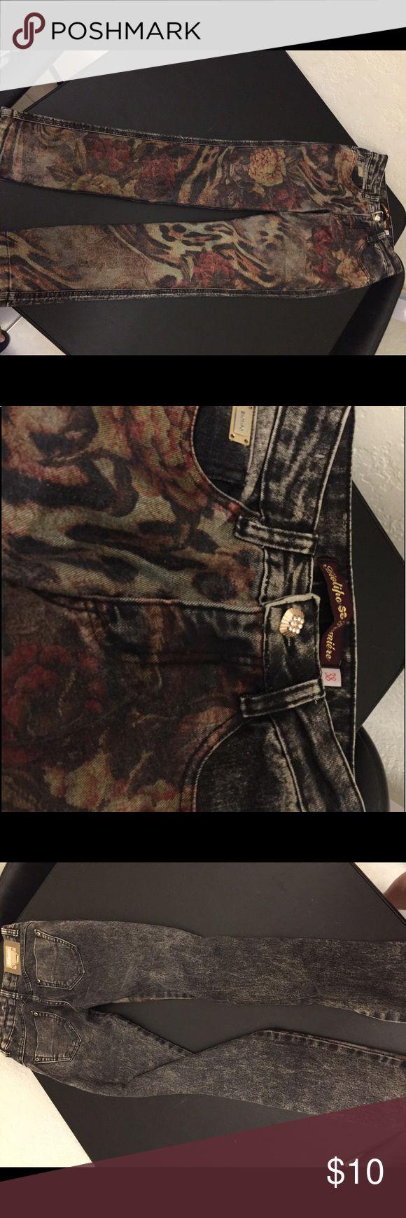 Black skinny jeans Brazilian brand Biotipo Never worn printed like the pics Jeans Skinny