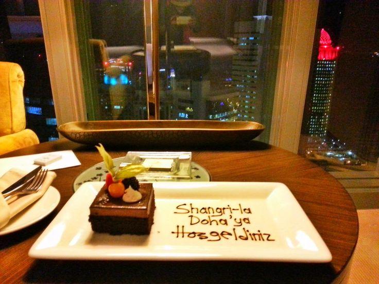 Shangri La Hotel Doha, Doha'nın gökdelenlerle dolu West Bay bölgesinde yer alan, Hong Kong merkezli bir lüks otel zinciri. 50 katlı bir gökdelen olan ote...