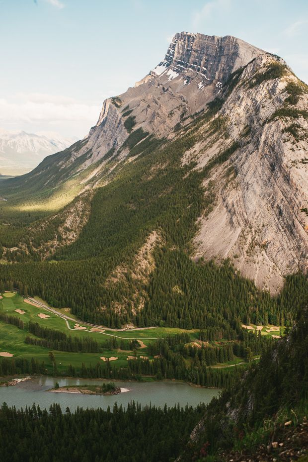 Tunnel Mountain Hike | Banff