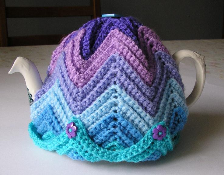 Justjen-knits: Justjen's Easy Ripple Tea Cosy directions for a crocheted tea cosie