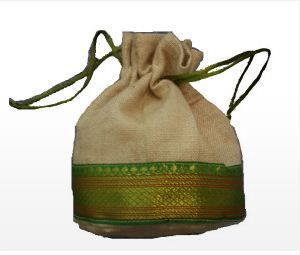 jute drawstring bags are items that are placed inside the inner seam of the closing. The openings are pulled at the top closing. They are pulled on top of the drawstring and are tied shut or close the strings. The bags are very easy to carry out and are carried for any reason. They have used for a wide variety of tasks and are known to be used by the younger generation. Read more http://littleearthgroup.com/