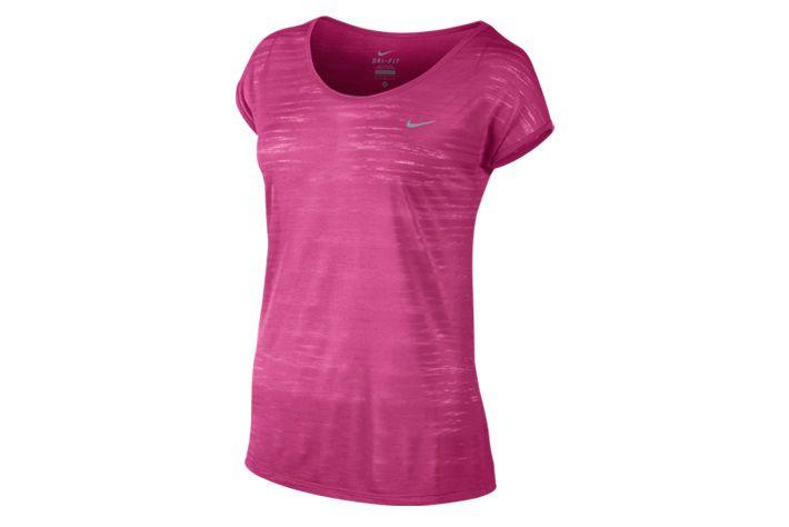 #Nike Dri-FIT Cool Breeze - damska, lekka i zwiewna koszulka, która dzięki luźnemu kroju świetnie sprawdzi się w czasie treningów biegowych i aktywności fizycznej na sali gimnastycznej. Przewiewny materiał gwarantuję wysoki komfort użytkowania. #drifit #koszulka #jesienzima2015 #krotkierekawy