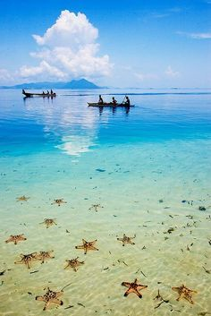 The Infinite Gallery : Semporna, Sabah in Borneo, Indonesia | Look around!