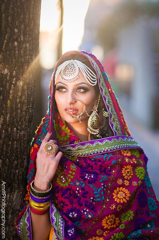 #Punjabi #Phulkari outfit w/ oversized Jewelry | Photography by: www.AmritPhotography.com | Wardrobe: Sequins Fashions, Surrey | Model: Kirti Singh |
