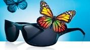 Gama de lentile solare Essilor oferă cele mai bune soluţii în materie de protecţie solară şi o redare naturală a culorilor.    Physio Tints   O percepere mai naturală a culorilor     Lentilele Physio Tints, o gamă completă de nuanţe alese de o echipă de cercetători specialişti în perceperea culorilor, atenuează luminozitatea din jur, respectând perceperea naturală a culorilor.