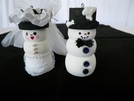 Bride and groom snowmen couple by WestlandGemcraft on Etsy, $29.00
