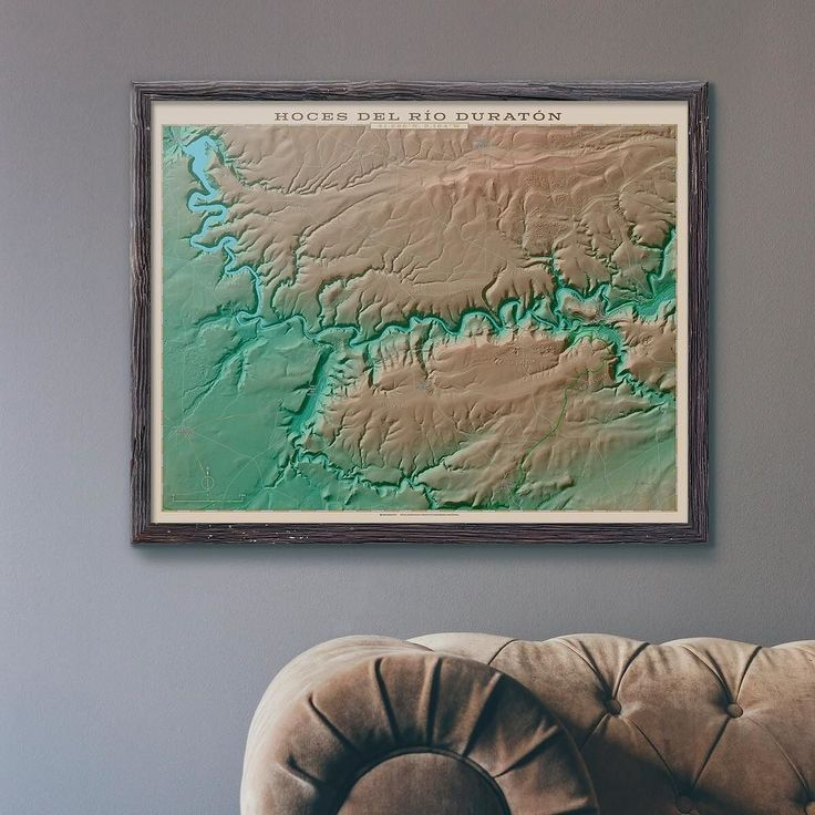 Ya está bien por hoy... Aquí va un mapa topográfico de las Hoces del Río Duratón. En otoño se pone precioso. #map #maps #cartography #geography #geology #physical #topography #naturaleza #nature #earth #erosion #parajenatural #duraton #sepulveda #hocesdelrioduraton #instadesign #decoracion #rusticdecor #geogragift