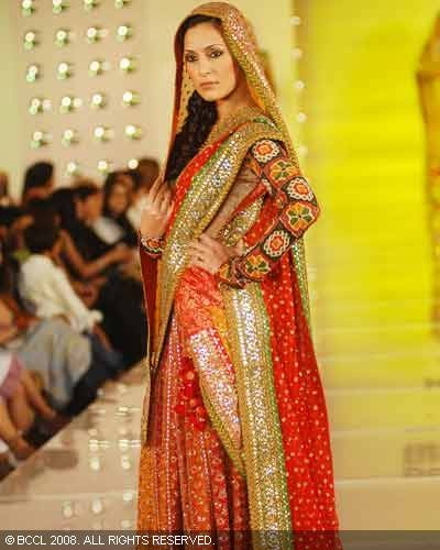 Google Image Result for http://fashstyles.com/wp-content/uploads/2011/03/Latest-Diwali-Sarees-Collection-92.jpg