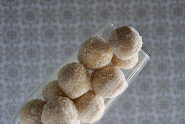 Kokos-Baileys-Kugeln