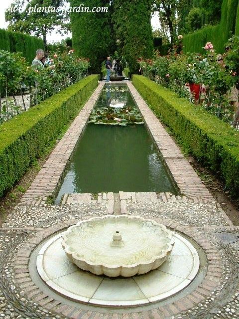 23 best images about historia estilos de jardines on for Jardines alhambra