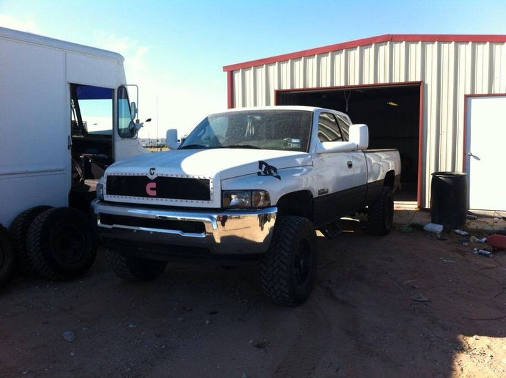 Dodge Ram Cummins >> 4th gen bumper on 2nd gen! Awesome! | Real trucks (Cummins) | Pinterest | Cummins, Dodge cummins ...