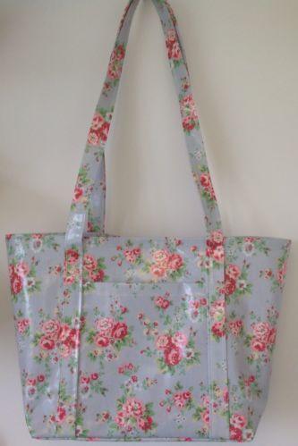 Beach bag/picnic bag/tote bag made in Cath kidston Blue Spray Flowers oilcloth